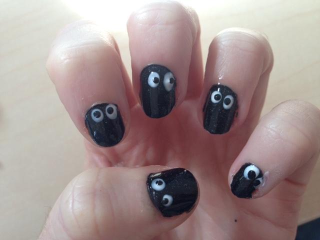 Easy Ghost Nail Art Design