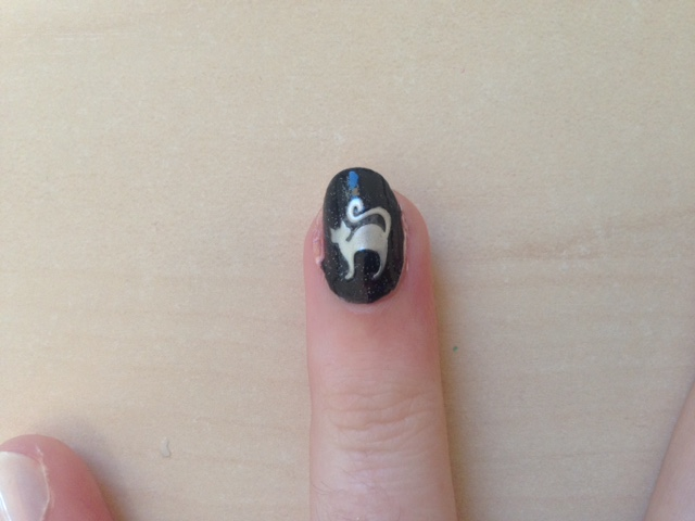 How To Apply Nail Art Stickers